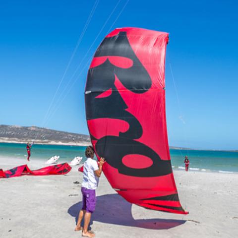 Precios cursos de kitesurf en Tarifa