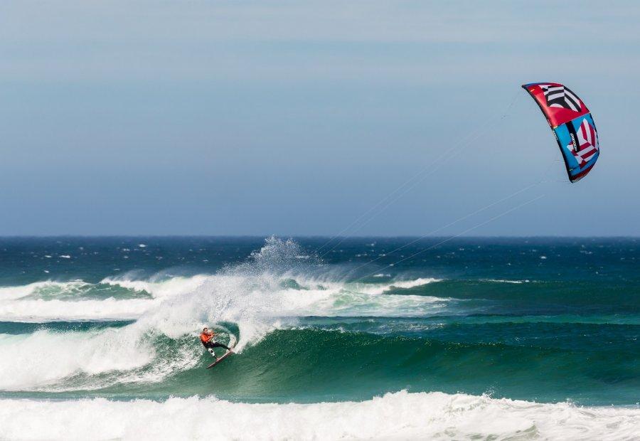 Kitesurf Camp Tarifa - Wave riding - Olas